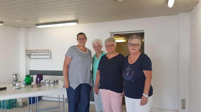 Annika Küchelmann, Margit Lehnhard, Brigitte Hallenberg und Ute Baehr (v. l.) freuen sich auf die Eröffnung.